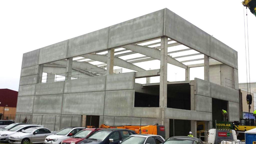 Estructura de hormigón de la nueva nave de Edificam en Mallorca
