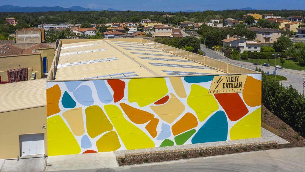 Vista aérea de la nave industrial de Vichy Catalan