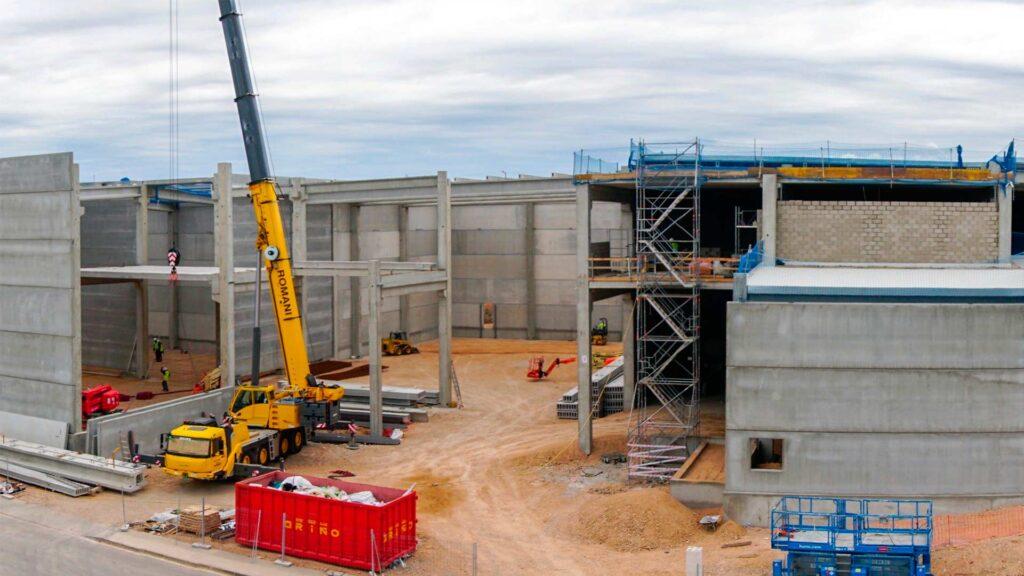 Construcción de la nave industrial del Grupo Balfegó