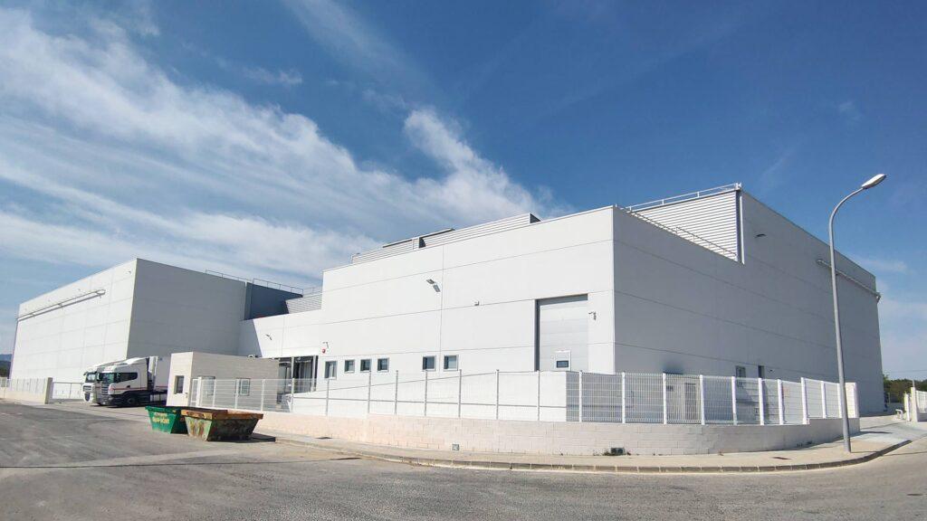 Nave industrial del Grupo Balfegó